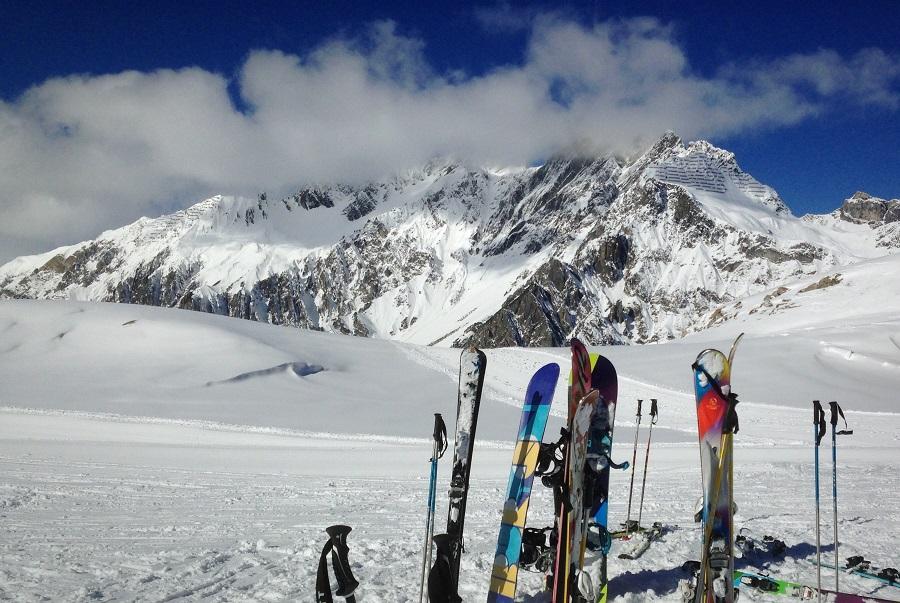 skis mountains austria