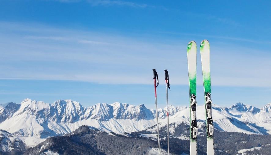 Výstroj na lyžovanie